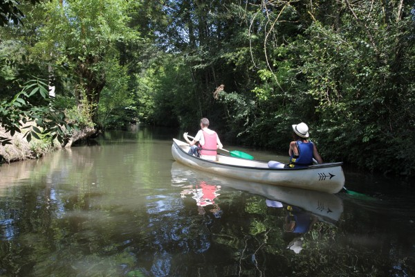 Location de canoë dans le Marais Poitevin